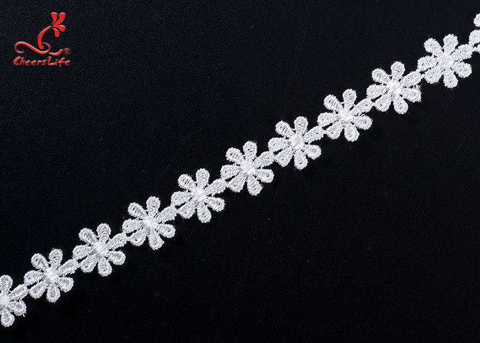 2020 Hote Sale High Quality Width 1.4cm Polyester Flower Surround Water Soluble Embroidery Lace Trim For Dress